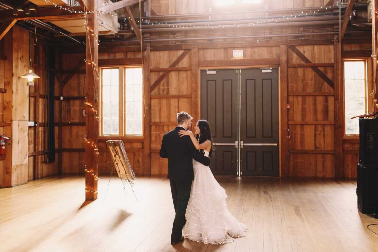 1 Dance Wedding Songs.Four First Dance Songs For Everyone